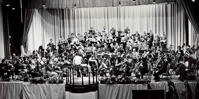 SPO concert with Ashtead Choral Society in Dorking Halls, January 1981